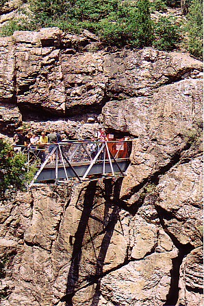 Ouray trip 05 bridge over Box Canyon.jpg