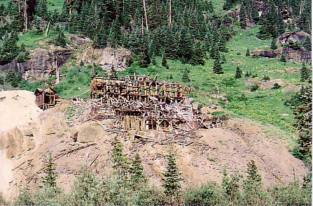 Ouray trip 05 mine bldg.jpg