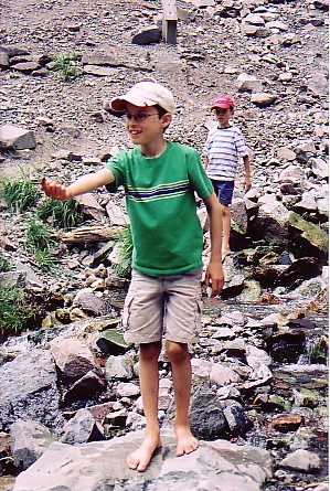 Ouray trip 05 stream slime.jpg