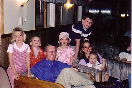 Andy n Susan and family.jpg